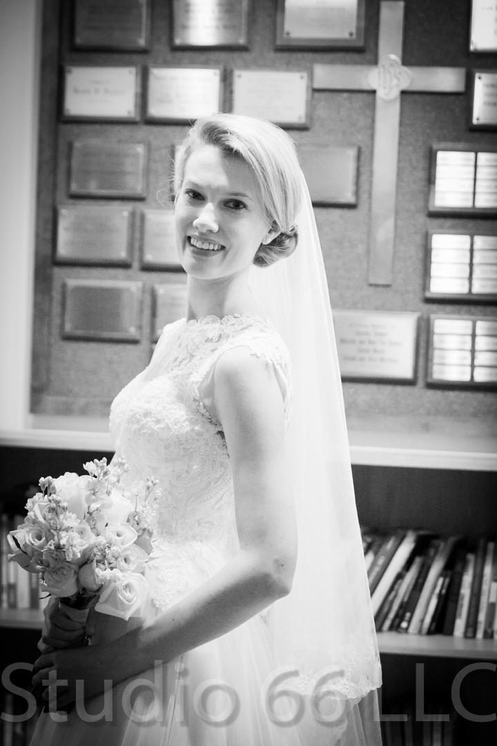 CincinnatiWeddingPhotographer_Studio66_WeddingPhotography_DaytonWeddings_12