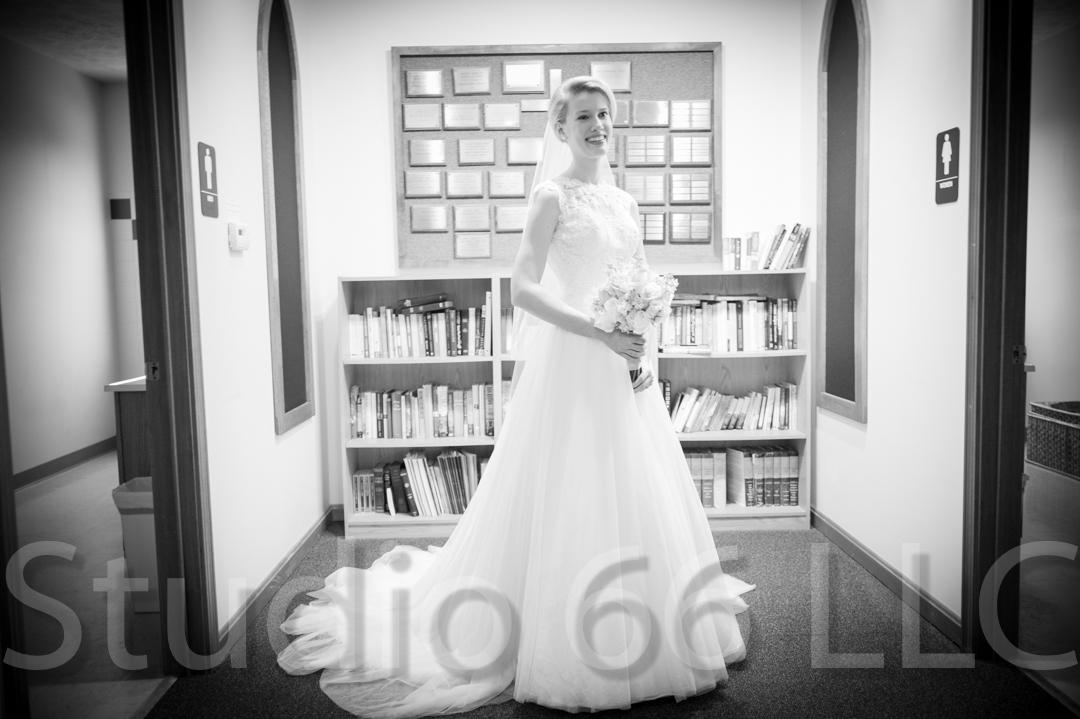 CincinnatiWeddingPhotographer_Studio66_WeddingPhotography_DaytonWeddings_15