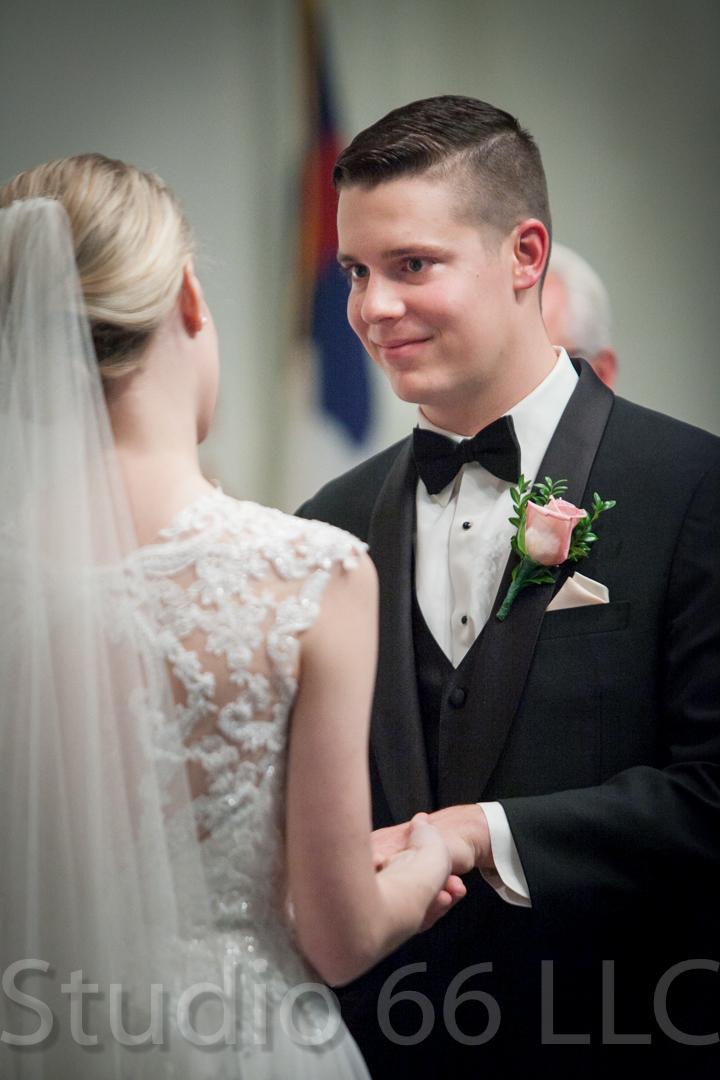 CincinnatiWeddingPhotographer_Studio66_WeddingPhotography_DaytonWeddings_21