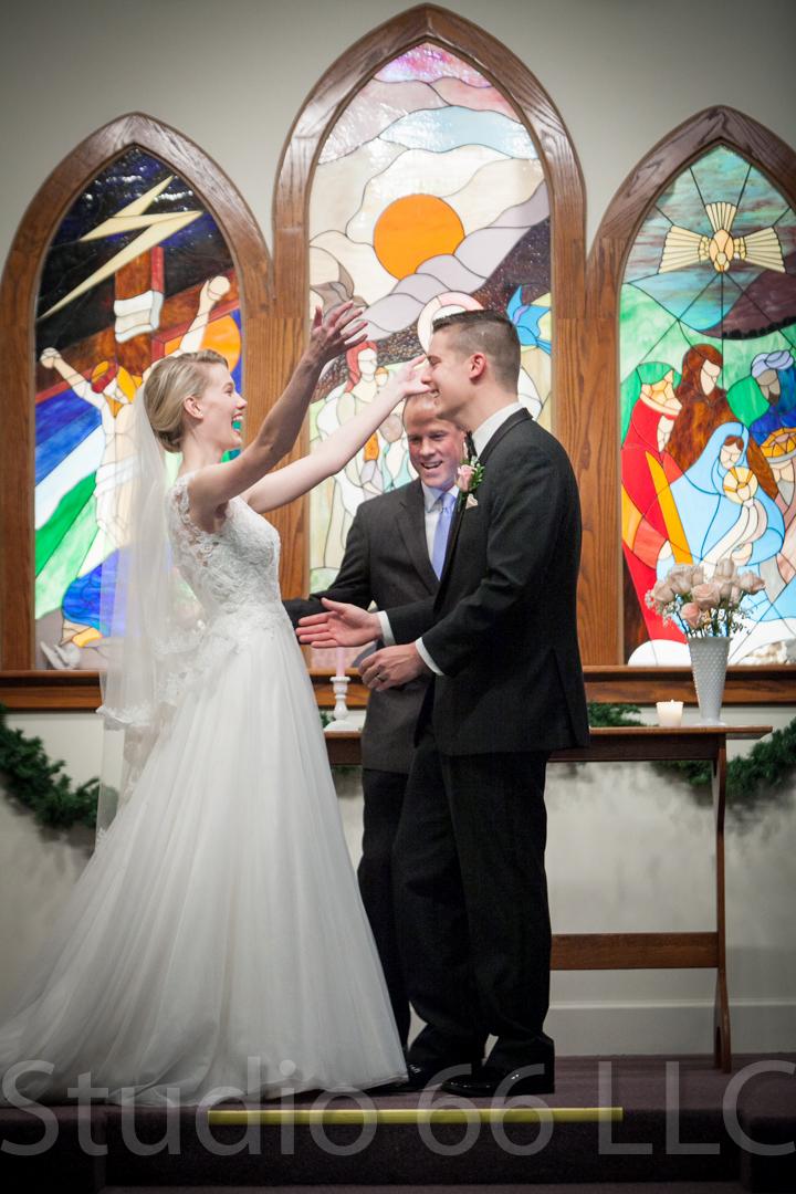 CincinnatiWeddingPhotographer_Studio66_WeddingPhotography_DaytonWeddings_24