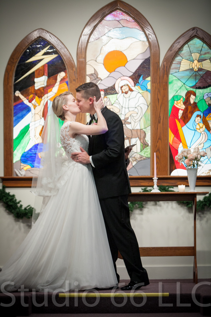 CincinnatiWeddingPhotographer_Studio66_WeddingPhotography_DaytonWeddings_25