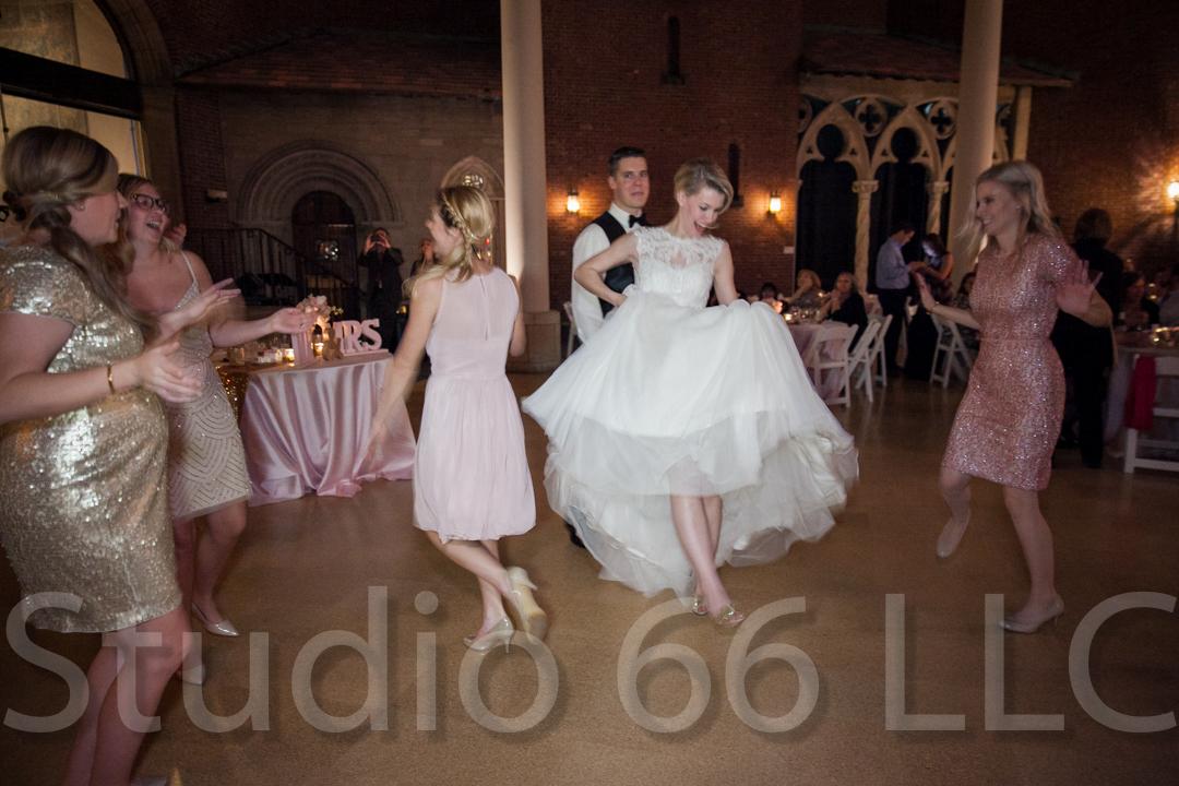 CincinnatiWeddingPhotographer_Studio66_WeddingPhotography_DaytonWeddings_44
