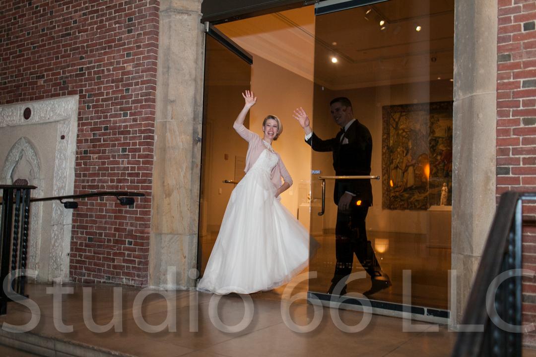 CincinnatiWeddingPhotographer_Studio66_WeddingPhotography_DaytonWeddings_46