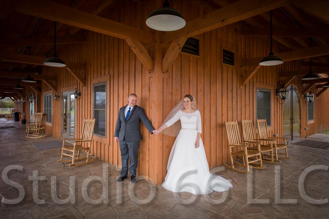 CincinnatiWeddingPhotographer_Studio66_WeddingPhotography_RollingMeadowsRanch_07