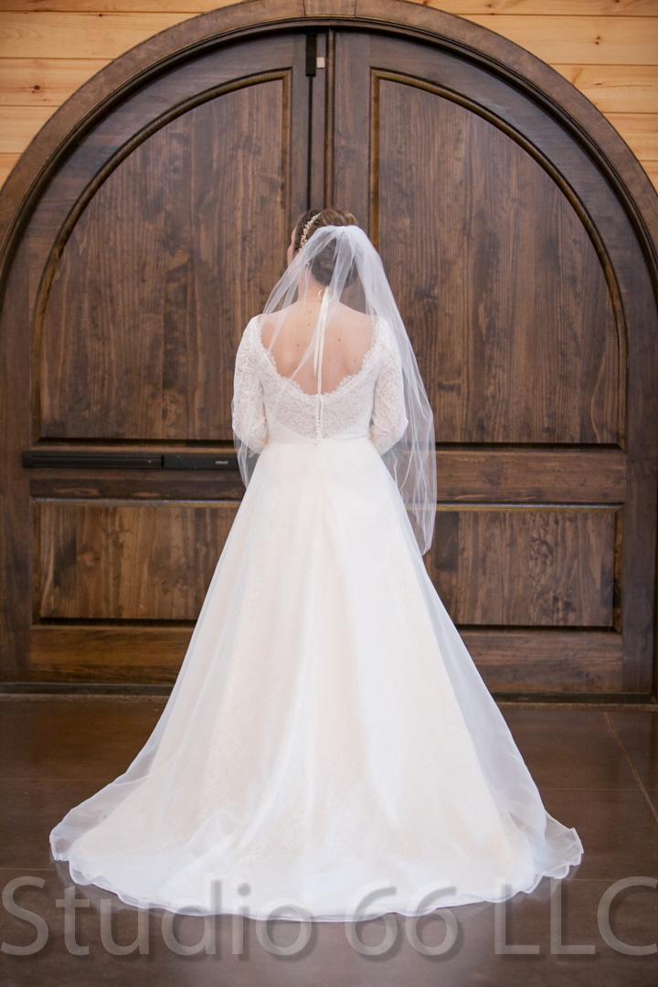 CincinnatiWeddingPhotographer_Studio66_WeddingPhotography_RollingMeadowsRanch_10