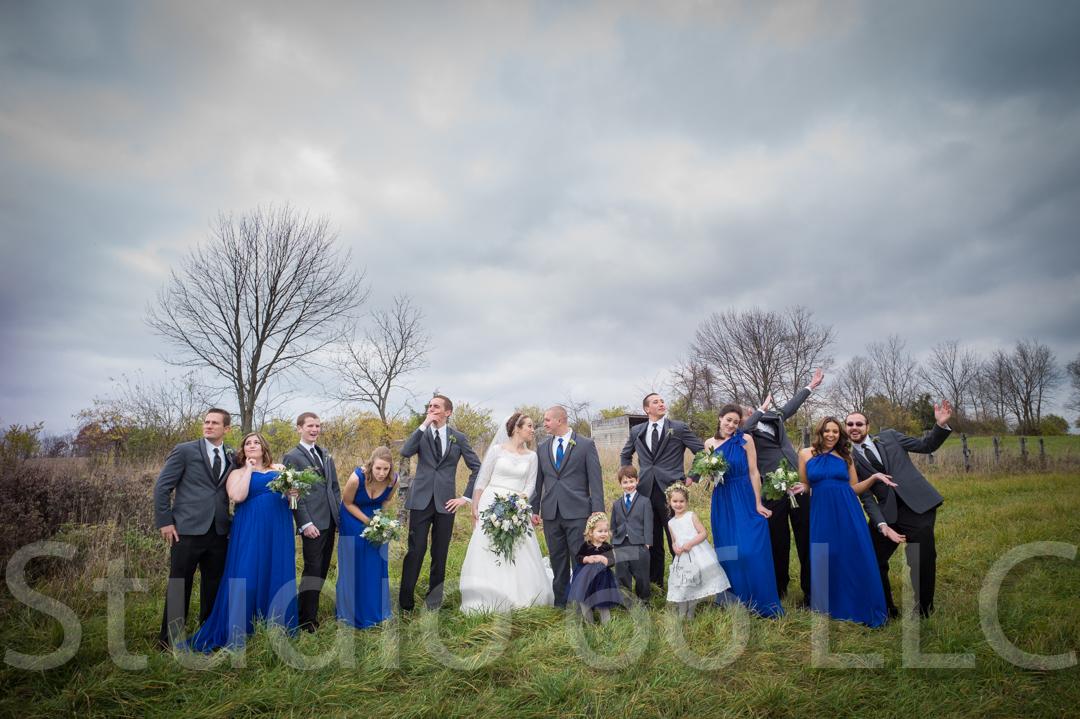 CincinnatiWeddingPhotographer_Studio66_WeddingPhotography_RollingMeadowsRanch_23