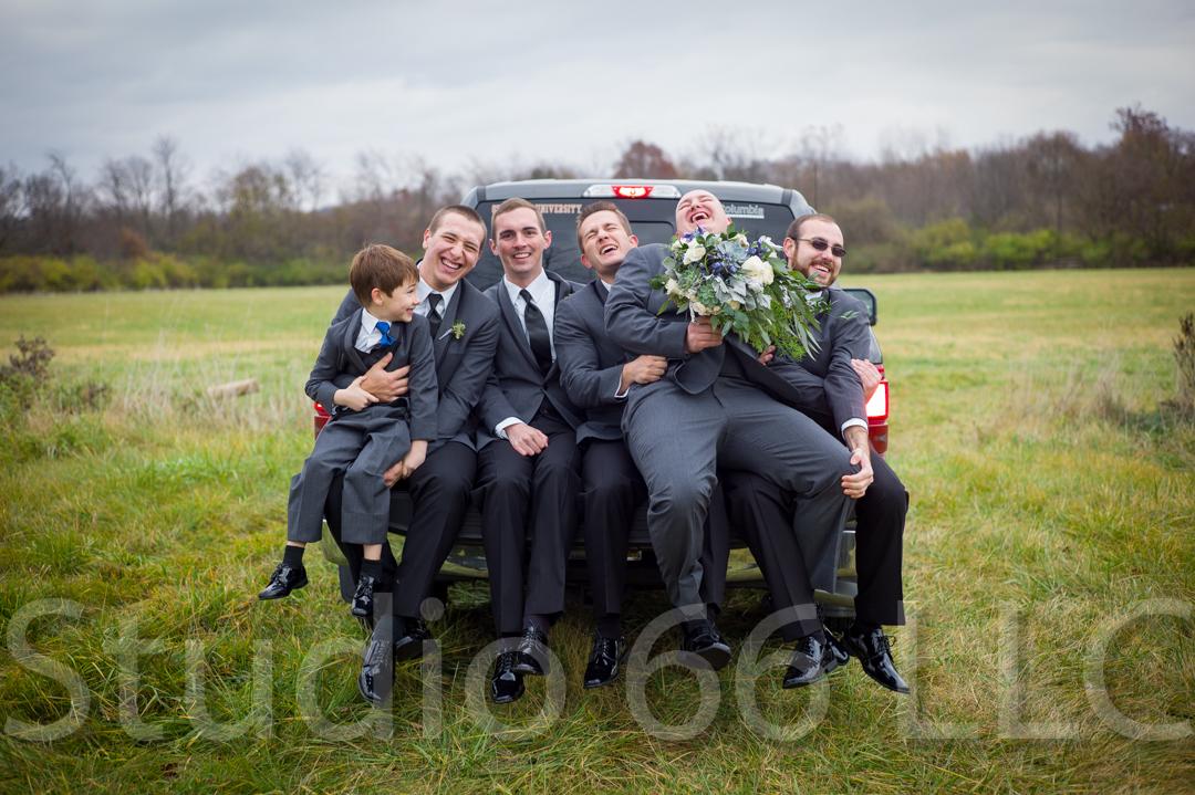 CincinnatiWeddingPhotographer_Studio66_WeddingPhotography_RollingMeadowsRanch_28