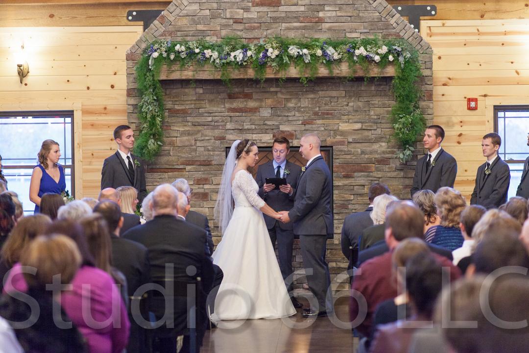 CincinnatiWeddingPhotographer_Studio66_WeddingPhotography_RollingMeadowsRanch_34