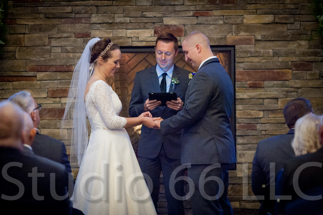 CincinnatiWeddingPhotographer_Studio66_WeddingPhotography_RollingMeadowsRanch_36