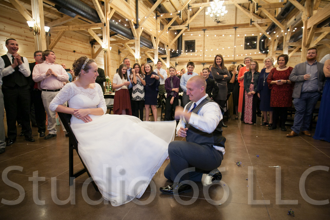 CincinnatiWeddingPhotographer_Studio66_WeddingPhotography_RollingMeadowsRanch_53