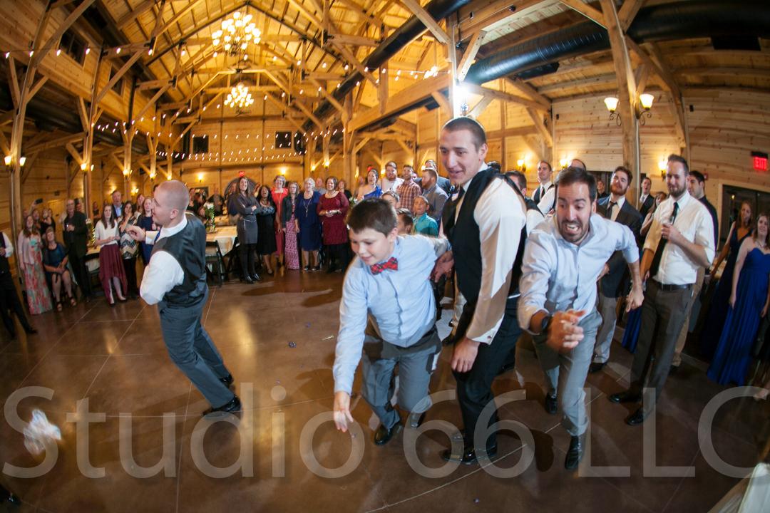 CincinnatiWeddingPhotographer_Studio66_WeddingPhotography_RollingMeadowsRanch_54