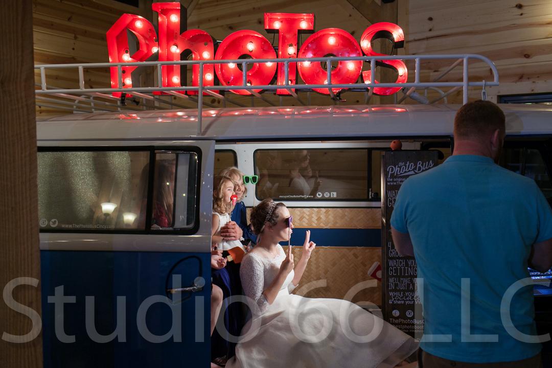 CincinnatiWeddingPhotographer_Studio66_WeddingPhotography_RollingMeadowsRanch_55