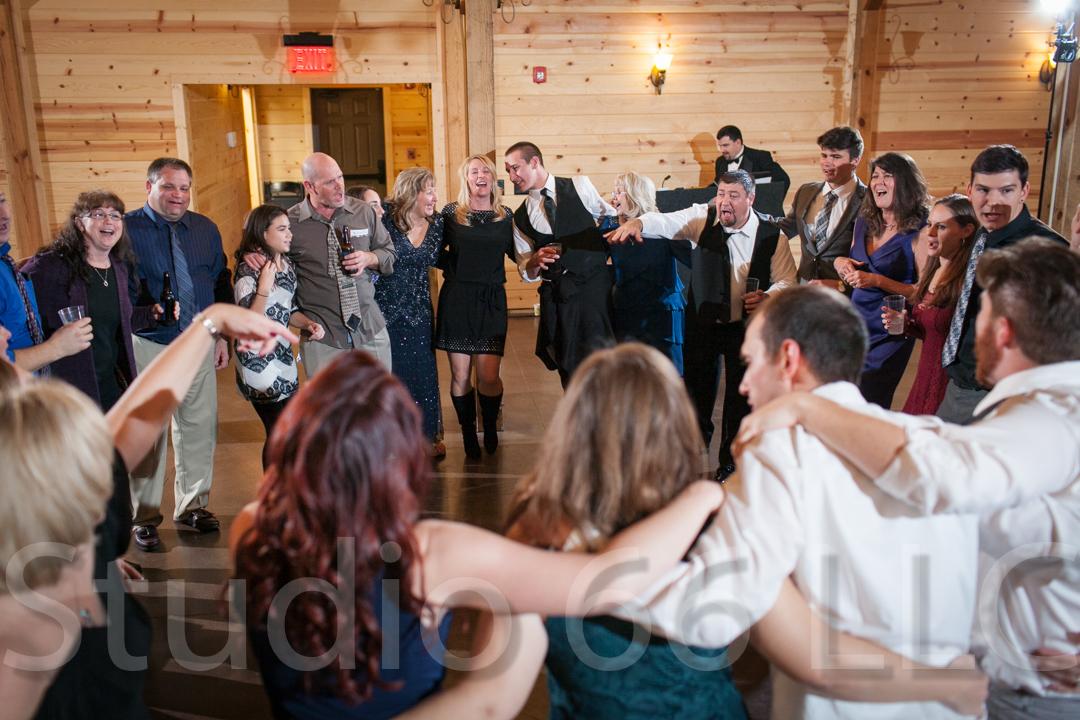 CincinnatiWeddingPhotographer_Studio66_WeddingPhotography_RollingMeadowsRanch_58
