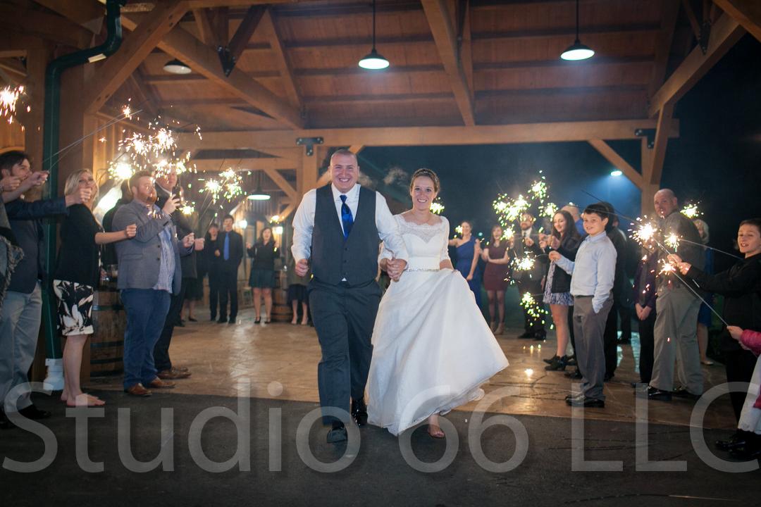 CincinnatiWeddingPhotographer_Studio66_WeddingPhotography_RollingMeadowsRanch_59